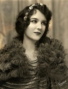 ↢ Bygone Beauties ↣ vintage photograph of Mary Philbin, film actress of the silent film era.