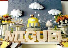 Miguel está chegando... #festa #chadebebe #chadebebemenino #maefesteira #chuva #leaobaby #nuvem #decor #decoracao