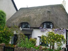 Old English Cottages | tumblr_m0yhmsVgIe1ql8cp2o1_1280.jpg