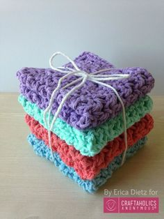 Learn how to crochet washcloths! Easy and USEFUL handmade gift idea. She uses the blossom stitch which is really pretty. Love the texture!