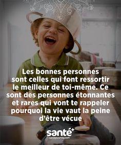 #Citations #vie #amour #couple #amitié #bonheur #paix #Prenezsoindevous sur: www.santeplusmag.com Positive Quotes For Life Happiness, Positive Attitude, French Words, French Quotes, Staff Motivation, Good Sentences, My Mood, Optimism, Life Inspiration