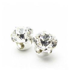925er Silber Ohrstecker handgefertigt mit funkelnden Kristall aus SWAROVSKI®. http://www.geschenkewebshop.info/produkt/925er-silber-ohrstecker-handgefertigt-mit-funkelnden-kristall-aus-swarovski/
