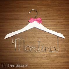 Percha infantil Martina Clothes Hanger, Personalized Hangers, Personalized Gifts, Coat Hanger, Clothes Hangers, Clothes Racks