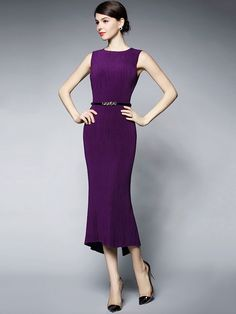 [ad] Go straight from the office to date night in the versatile irregular hem back split bodycon dress. Hot Dress, Dress Skirt, Bodycon Dress, Beautiful Dresses, Nice Dresses, Fashion Beauty, Womens Fashion, Classy Women, Fashion Books
