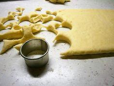 Grobské smotanové pagáčiky (fotorecept) - recept | Varecha.sk Thing 1, Peanut Butter, Cookies, Food, Basket, Crack Crackers, Biscuits, Essen, Meals