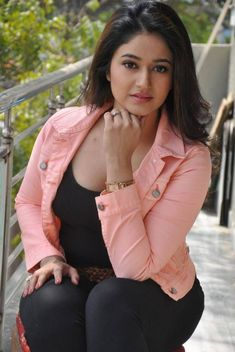 Hot actress Poonam Bajwa is a well known and popular South Indian actress and model. She mainly worked in Tamil and Telugu film industries. Hottest Pic, Hottest Models, Hottest Photos, Glamour Photo, Most Beautiful Indian Actress, South Indian Actress, Hot Bikini, Sexy Hot Girls, Actress Photos