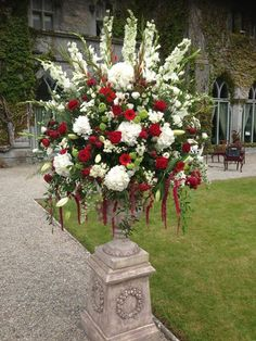 Lawless Flowers based in Limerick is the West of Ireland's leading florist and their heritage sp. Christmas Wreaths, Christmas Tree, Flower Centerpieces, Wedding Bouquets, Decoration, Holiday Decor, Floral, Flowers, Plants