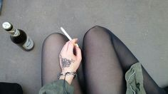 Quit Smoking Tips. Kick Your Smoking Habit With These Helpful Tips. There are a lot of positive things that come out of the decision to quit smoking. Cigarrete Smoke, Mathilda Lando, Riley Blue, Marla Singer, What Is Human, Effy Stonem, Skins Uk, Night In The Wood, Estilo Grunge