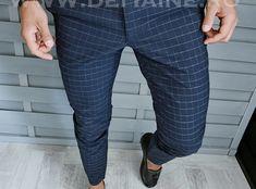 Pantaloni barbati eleganti bleumarin in carouri B1762