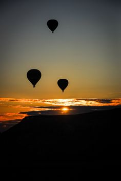 Balloons at Dawn by Alex Brûlé