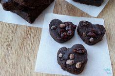 Raw Chocolate Cherry (Protein) Brownies