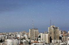 Israeli Army Drops Flurry of Evacuation Fliers Over Gaza City - NBC News