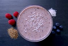 BERRY WONDERLAND! Banana, raspberries, blueberries, coconut smoothie.