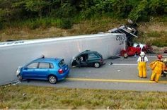 Four Dead after Trailer Detaches from Truck on Florida Highway Car Fails, Strange Cars, Car Accident Lawyer, Personal Injury Lawyer, Car Crash, Car Humor, Semi Trucks, Car Insurance, Funny Photos