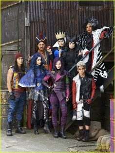 "Dove Cameron, Cameron Boyce, Booboo Steward, Sarah Jeffery + more ""Descendants"" 2015"