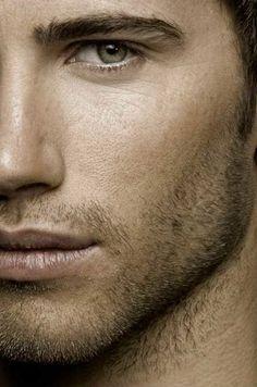 OK Stubble - Good . Not full beard but is a beauty ! Beautiful Eyes, Gorgeous Men, Beautiful People, Hommes Sexy, Leonardo, Mans World, Male Face, Attractive Men, Good Looking Men