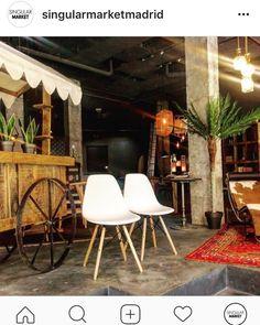 Sillas Wood Chair estilo #eames a precios súper rebajados!  #rebajas #interioristas #deco #interiorismo #leonesp #madrid #decortion #decoracion #hogar Mobiliario de Estilo Vintage e Industrial Singular Market. Entra en nuestra e-shop y echa un vistazo a todo lo que podemos ofrecerte!