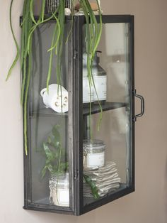 Clever and Decorative Storage Ideas for Small Space Living