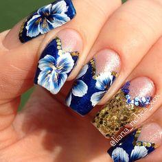 One stroke flower nail art Beautiful Nail Art, Gorgeous Nails, Simple Nail Designs, Nail Art Designs, One Stroke Nails, Nails First, Floral Nail Art, Nail Spa, Flower Nails