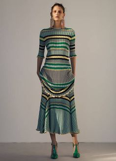 Celine Resort 2015 Fashion Show Fashion Week, New Fashion, Fashion Show, Fashion Design, Fashion Art, Celine, Missoni, Belle Silhouette, Resort 2015