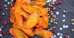 Recette de Chips poids plume de carotte anticellulite au four. Facile et rapide à réaliser, goûteuse et diététique.