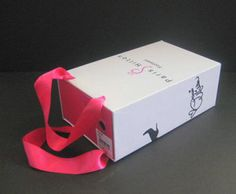 How to Add a Strap to Your Shoebox (for Operation Christmas Child) Christmas Child Shoebox Ideas, Diy Projects To Try, Craft Projects, Project Ideas, After Christmas, Kids Christmas, Days For Girls, Mission Projects, Upcycled Crafts