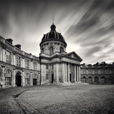 Institut de France by Damian Vassart