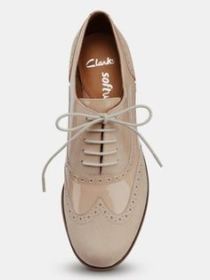 Clarks Hamble Oak Ladies Brogues - Nude Good golly miss Mollett Brogues Womens Outfit, Brogues Outfit, Ladies Brogues, Oxfords, Loafers, Ladies Shoes, Clarks Shoes Women, Women Oxford Shoes, Cute Shoes