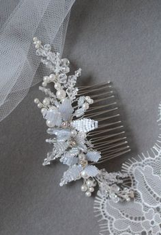 Blue Hue | Something Blue bridal hair comb with pearls