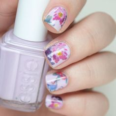Pretty floral nails.