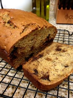 We love banana bread over here. I swear I use a new recipe every time I make it. So, as usual, I searched for a random recipe, and I came a. Moist Banana Bread, Banana Bread Recipes, Fudge Recipes, Pancakes And Bacon, Pancakes Easy, Delicious Deserts, Yummy Food, Delicious Recipes, Simply Recipes