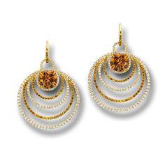Martin Katz - very beautiful cognac and white diamonds in 18K yellow gold.