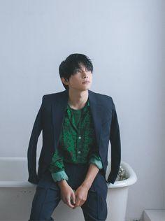 Ryo Yoshizawa, Art Poses, Celebs, Celebrities, Asian Boys, Aesthetic Clothes, Cute Boys, Actors & Actresses, Menswear
