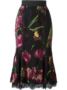 Dolce & Gabbana Tulip-print Lace-panelled Silk-blend Skirt In Tulip. Dolce And Gabbana Handbags, Fishtail Skirt, Designer Consignment, Tulip Skirt, Long Scarf, Flare Skirt, Skirt Outfits, Flatlay Styling, Types Of Fashion Styles