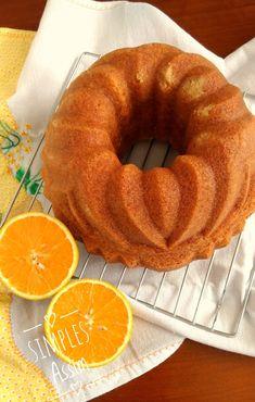 The best orange cake in the world- O melhor bolo de laranja do mundo Classic Orange (Bundt) Cake. Easy Cupcake Recipes, Easy Smoothie Recipes, Snack Recipes, Portuguese Desserts, Portuguese Recipes, Orange Recipes, Sweet Recipes, Orange Bundt Cake, Hazelnut Cake