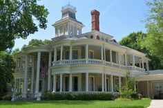 """HOME TOUR  -  """"Step Inside a Grand 1800s Victorian"""" by Sarah Greenman. Homeowners: Tom & Nancy Aldinger."""