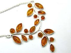 BALTIC AMBER  TRI LEAF NECKLACE 38 CM LENGTH   MYG 834  NATURAL BALTIC AMBER GEMSTONE NECKLACE FROM GEMROCKAUCTIONS.COM