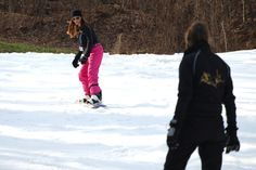 Women's Snowboarding Tips for Beginners Snowboarding Tips For Beginners, Snowboarding Women, Snow Bunnies, Bunny, Creative T Shirt Design, Snowboard Equipment, Winter Sports, Skiing, Shirt Designs