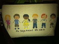 Thirty One Lil Expressions Mini Zipper Pouch - great end of year teachers gift!