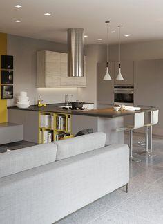 Una cucina che si integra perfettamente con la zona living fungendo anche da libreria. PRATICA #LaCasaModerna #Living #Kitchens ● lacasamoderna.com