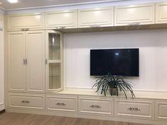 Гостиная Innsbryck Living Room, Furniture, Home Decor, Homemade Home Decor, Decoration Home, Sitting Rooms, Home Furniture, Drawing Room, Family Room
