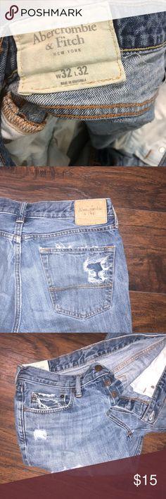 Men's Abercrombie & Fitch Jeans 32X32 Description: Men's Abercrombie & Fitch Jeans  Size: 32X32 Color: Blue Material: Jeans Abercrombie & Fitch Jeans Bootcut