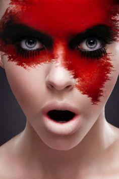 37255-makeup-red-splatter-makeup