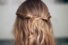 hair styles for long hair hair colors for long hair Ombré Hair, Hair Dos, Her Hair, Wavy Hair, Messy Hairstyles, Pretty Hairstyles, Straight Hairstyles, Style Hairstyle, Corte Y Color