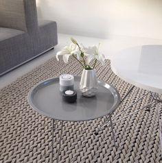 PT tray table - Zuiver Vloerkleed- gevlochten Kleed