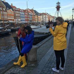 Yellow Coat, Yellow Raincoat, Yellow Rain Boots, Rain Bonnet, Rainy Day Fashion, Pvc Raincoat, Wellies Boots, Rain Gear, Wellington Boot