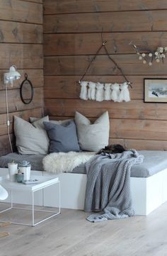 Small Space Solution: Double Duty DIY Daybeds   Apartment Therapy