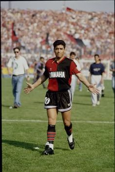 Debut oficial de Diego Maradona en Newell's Old Boys de Rosario,vs Independiente de Avellaneda.(10/10/1993,Estadio de Independiente,Avellaneda,Argentina)