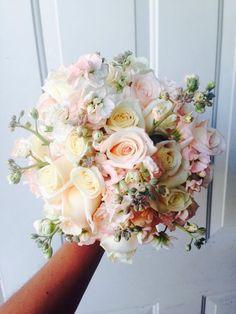 CBR225  Weddings Riviera Maya  light pink and ivory  bouquet / Bodas ramo rosa palo y crema