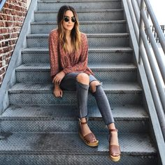 Happy Friday! My top 5 wooden heel sandals today on thriftsandthreads.com  direct link in bio #FriYAYFaves